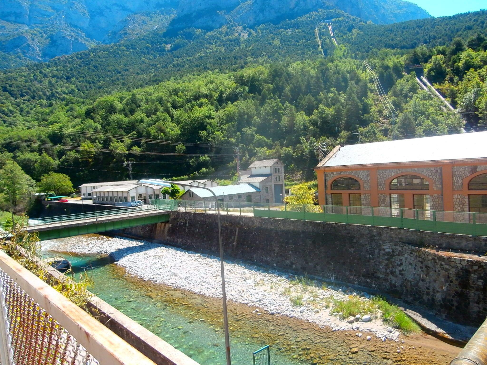 Centrales hidroeléctricas en Sobrarbe Pirineos
