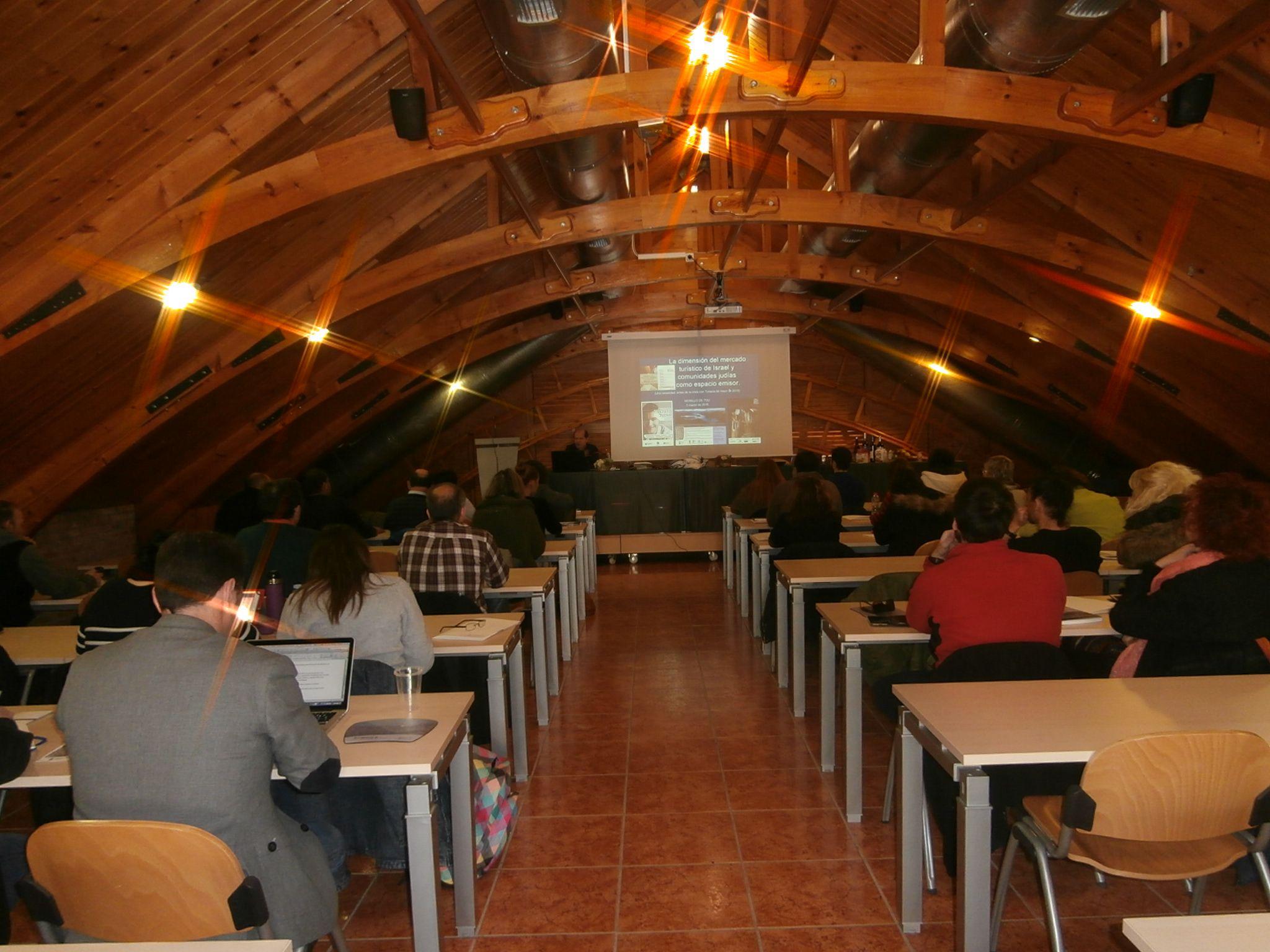 El seminario sobre turismo israel en el pirineo aragon s for Oficina turismo ainsa