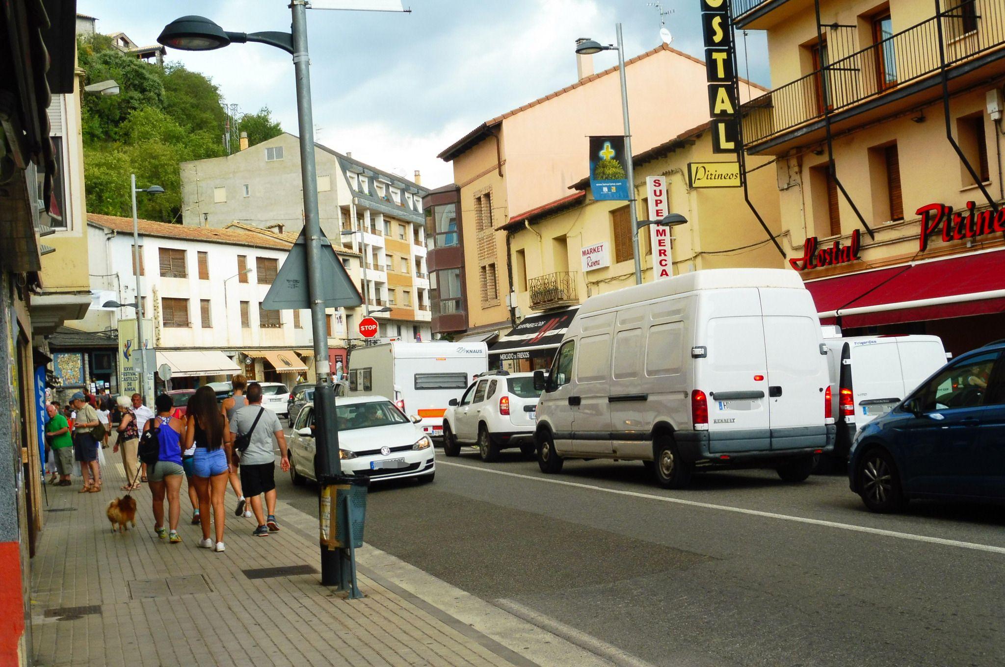 Avenida Sobrarbe de Aínsa. Foto: SobrarbeDigital