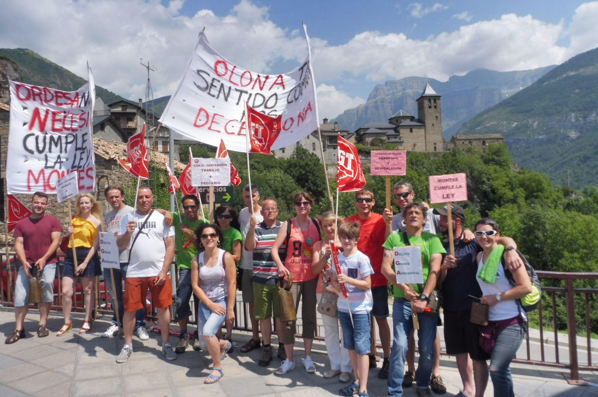 La imagen corresponde a una protesta de julio de 2018 en Torla-Ordesa. Foto: SobrarbeDigital.