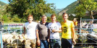 Fernando Felices con sus hijos. Foto: SobrarbeDigital