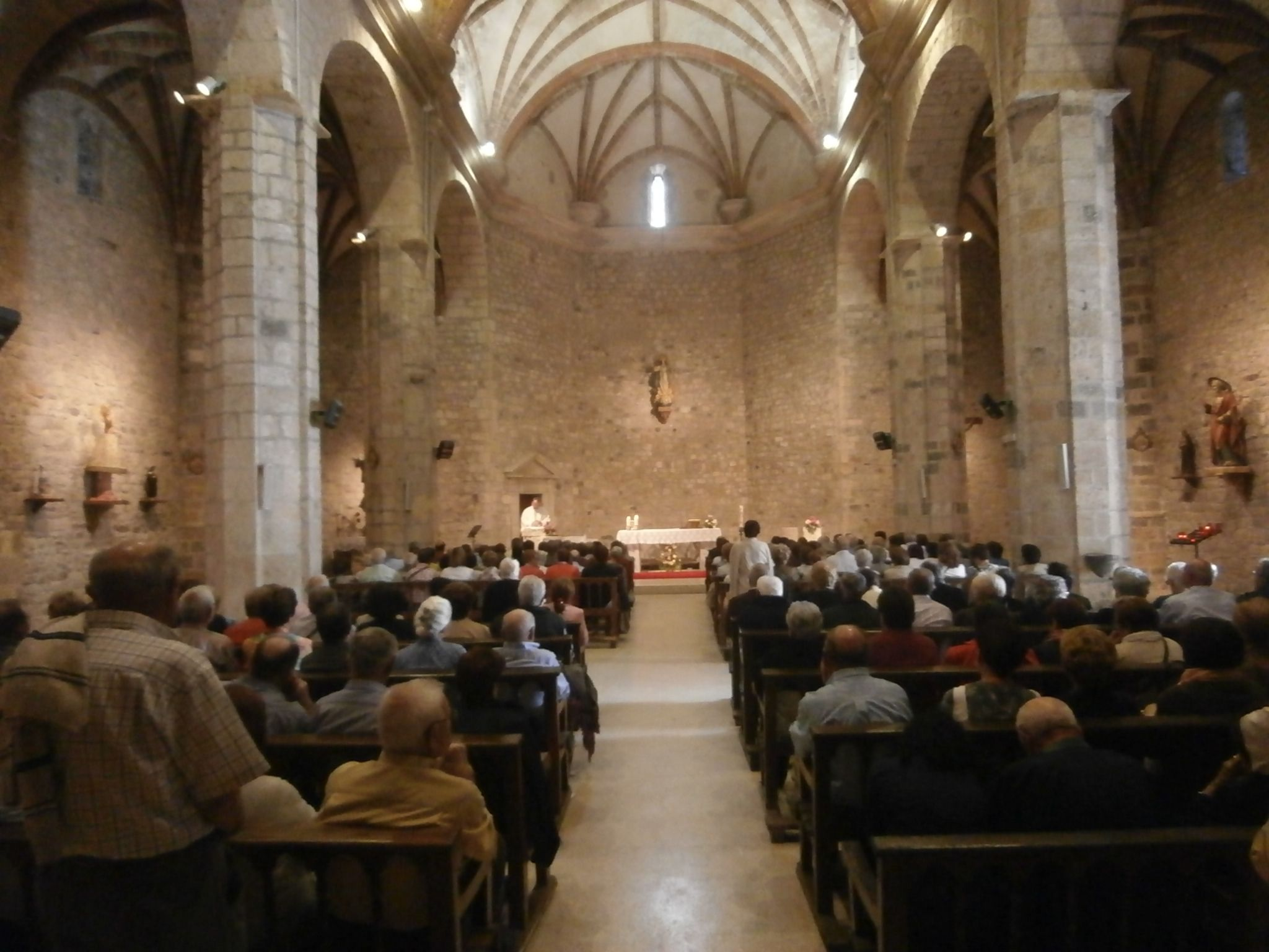 Interior de la iglesia de Bielsa. Foto: SobrarbeDigital