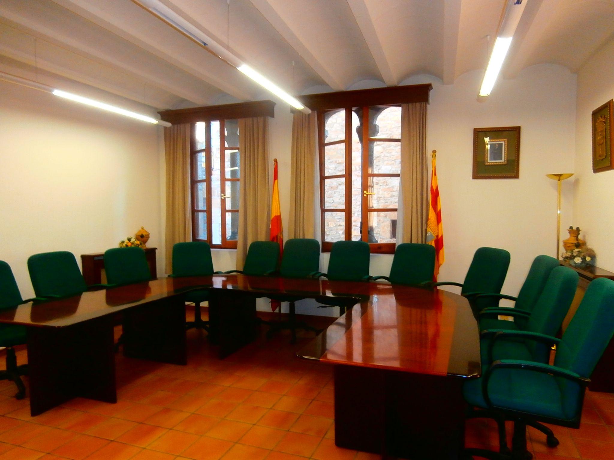 Salón de plenos de Aínsa. Foto: SobrarbeDigital