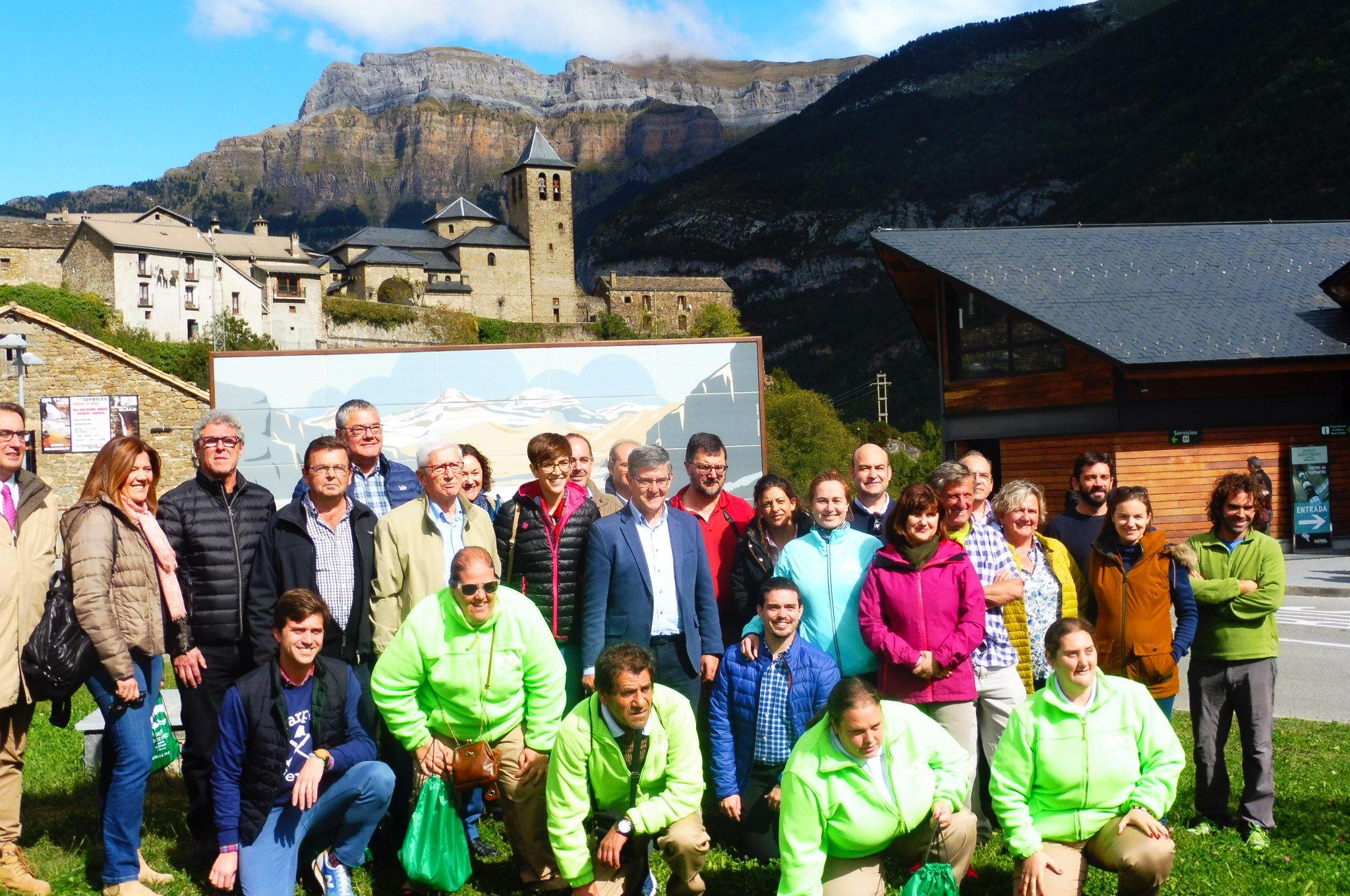 Delegación parlamentaria de las Cortes de Aragón. Foto: SobrarbeDigital