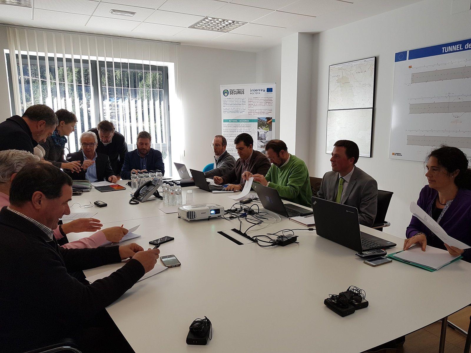 Imagen de la reunion mantenida este miércoles. Foto DGA.