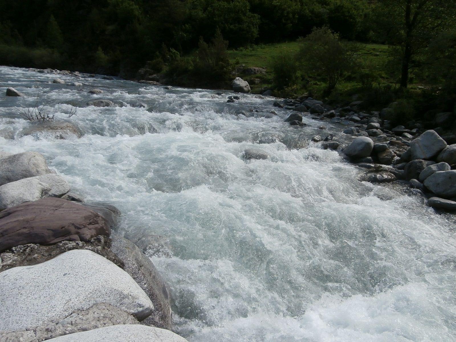 Imagen de archivo del río Barrosa. Foto: SobrarbeDigital.