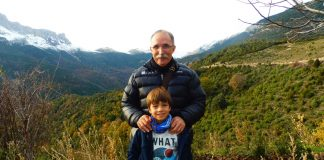 Jaime con su abuelo. Foto: SobrarbeDigital.