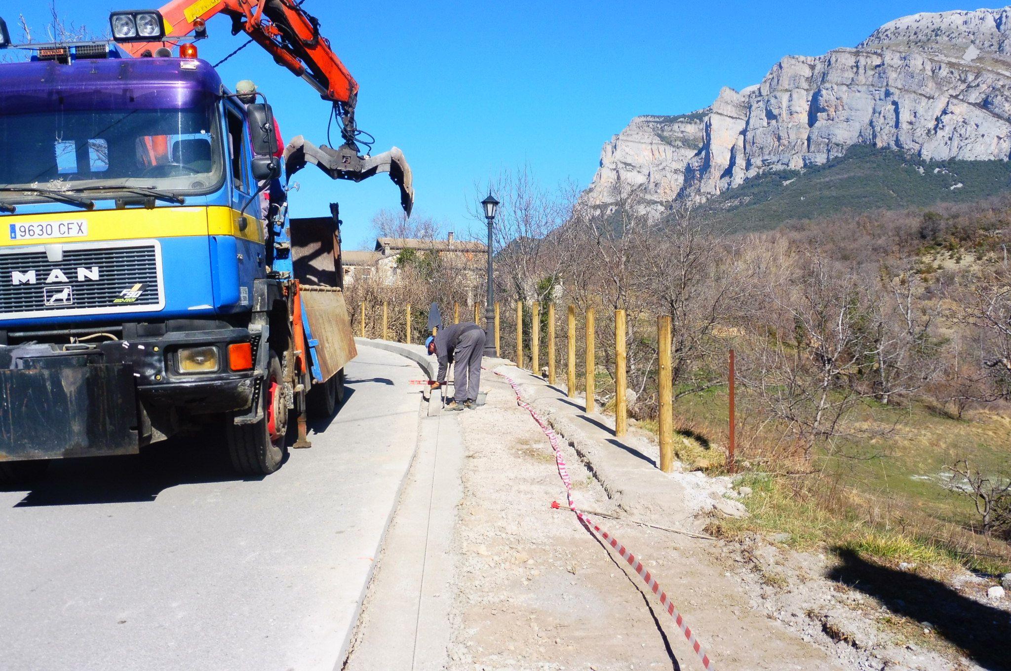 Obras en Los Molinos. Foto: SobrarbeDigital.