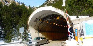 Servicio de transporte de bicis gratuito a los dos lados del túnel de Bielsa-Aragnouet. Foto: SobrarbeDigital.