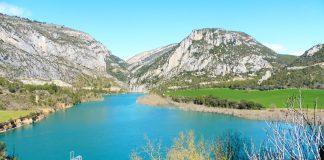 Embalse de El Grado visto desde Ligüerre de Cinca hace unos días. Foto: SobrarbeDigital.